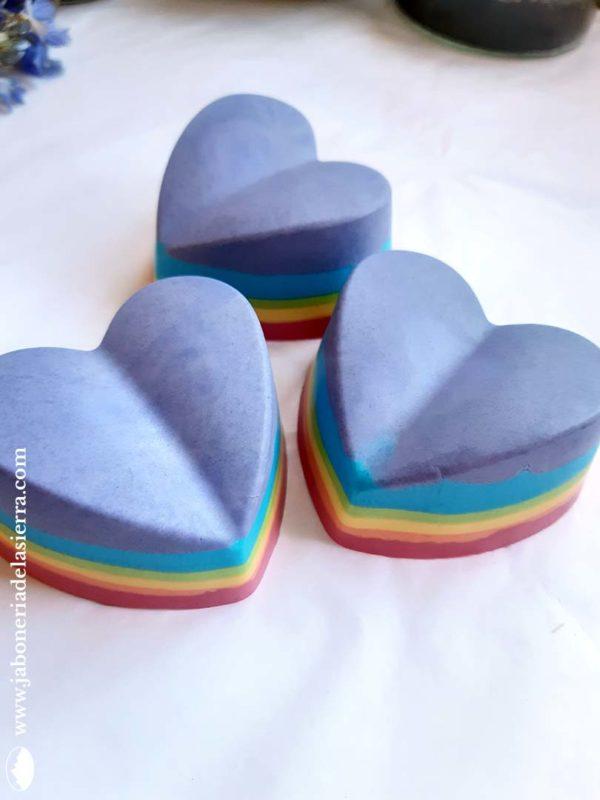 Jabón arco iris con olor a frambuesa y pera
